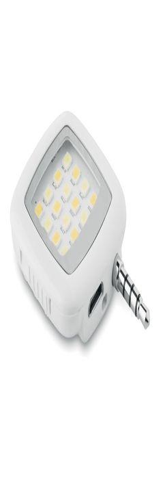 LED вспышка на смартфон фото
