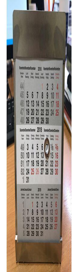 Календарь настольный на 2 года; размер 18*11,5 см, цвет- серебро, сталь фото