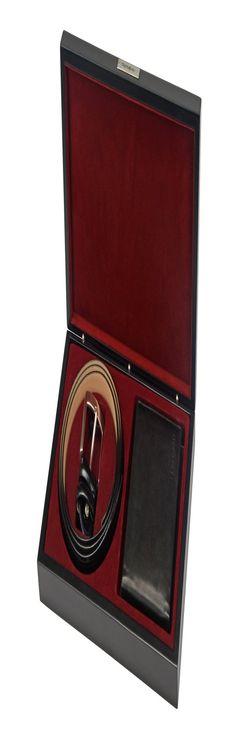 Подарочный набор: ремень, портмоне фото