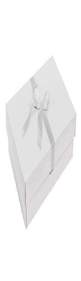 Коробка подарочная с атласной лентой фото