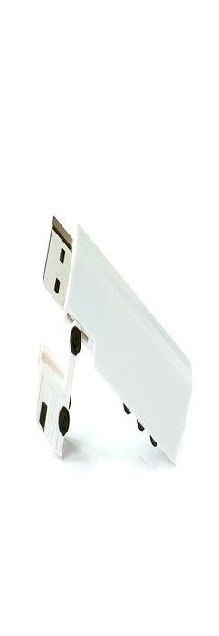 Флешка Грузовик, пластиковая, белая, 32Гб фото