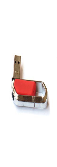Флешка Карабин, пластиковая с металлической вставкой, красная, 8Гб фото