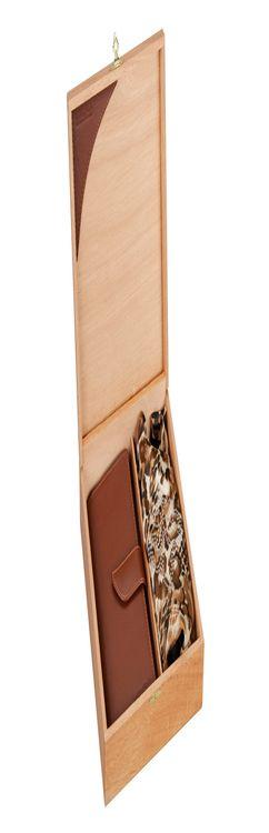 Набор: платок-косынка шелковый, дамское портмоне фото