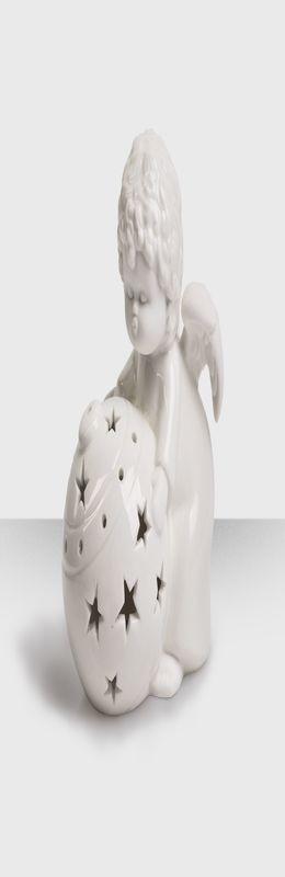 """Подсвечник """"Ангел с елочным шаром"""" фото"""