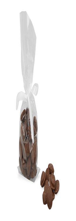 Драже из молочного шоколада фото