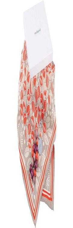 Набор: брелок, платок шелковый фото