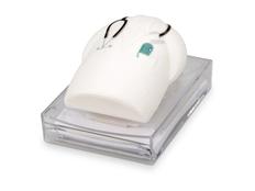 Диспенсер в форме медицинского халата с блоком для записей. Бумага подается при нажатии на халат, прозрачный, белый фото