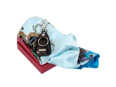 Набор женский: ключница, платок (кожа, шелк/полиэстер, цвет черный/разноцветный) фото