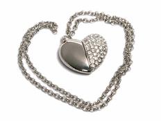 Флешка USB 2.0 Сердце с кристаллами на 64 Гб, серебристая фото