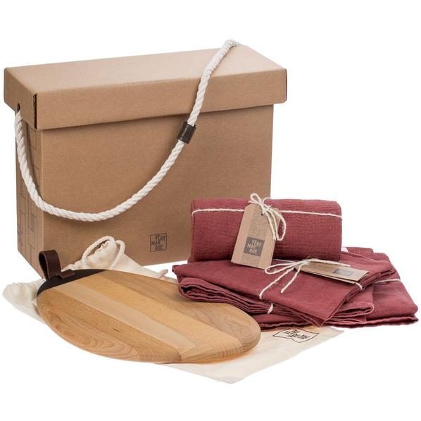 Набор Very Marque Fine Line: набор полотенец, фартук, дорожка сервировочная, набор салфеток, доска разделочная, красный - фото № 1