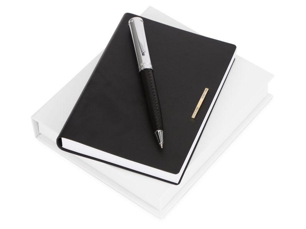 Набор Nina Ricci Barrette: блокнот А6, ручка шариковая, черный / серебристый - фото № 1