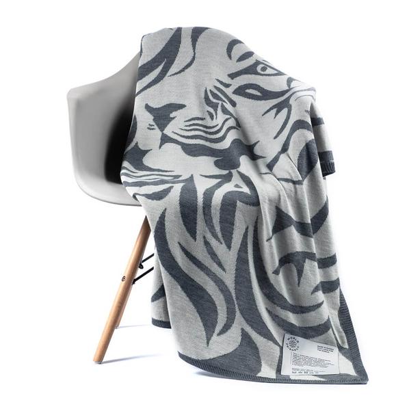 Плед полушерстяной «Исчезающий тигр», серый / белый - фото № 1