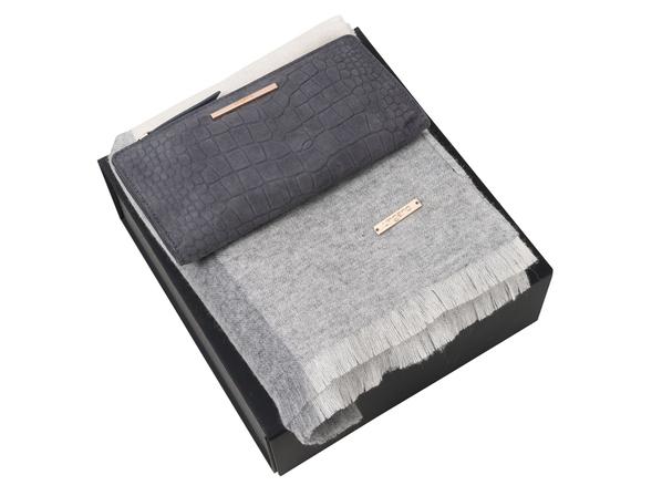 Набор подарочный Ungaro: шарф шерстяной, кошелек дамский, серый - фото № 1