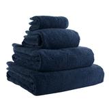 Полотенце банное темно-синего цвета фото
