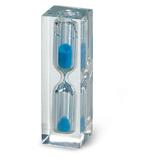 Часы песочные с синим песком фото