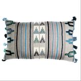 Чехол на подушку с этническим орнаментом фото
