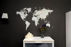 Деревянная карта мира World Map Wall Decoration Medium, белая фото