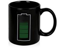 Кружка Зарядка на 320 мл. При наливании горячей жидкости датчик на кружке показывает ее уровень, шт., черный фото