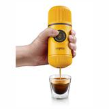 Ручная мини-кофемашина WACACO Nanopresso, желтый фото