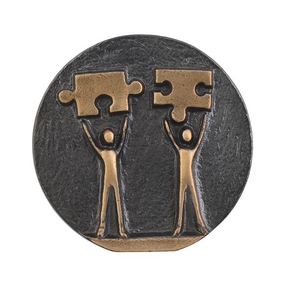 Медаль подарочная Решаем вместе, золотой